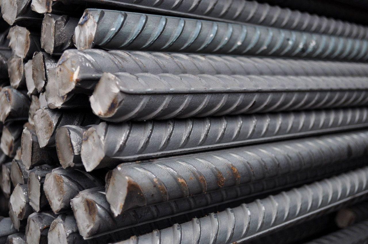 Крупный план стальных прутьев