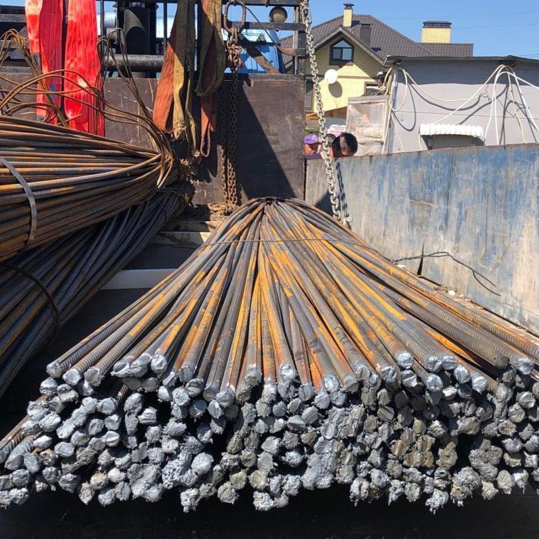 доставка стальной арматуры
